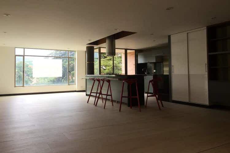 Portada Apartamento en Bogota Santa Barbara - iluminado