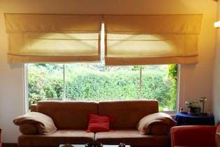 Casa Campestre en Chia - clásica, con amplias zonas verdes