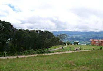 Lote En Venta En Sopo Cerros De Yerbabuena cuenta con 2 niveles