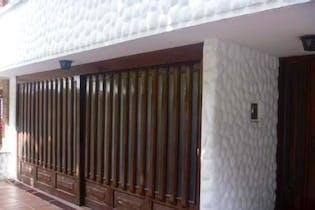 Casa En Venta En Bogota Chico, con cocina integral.