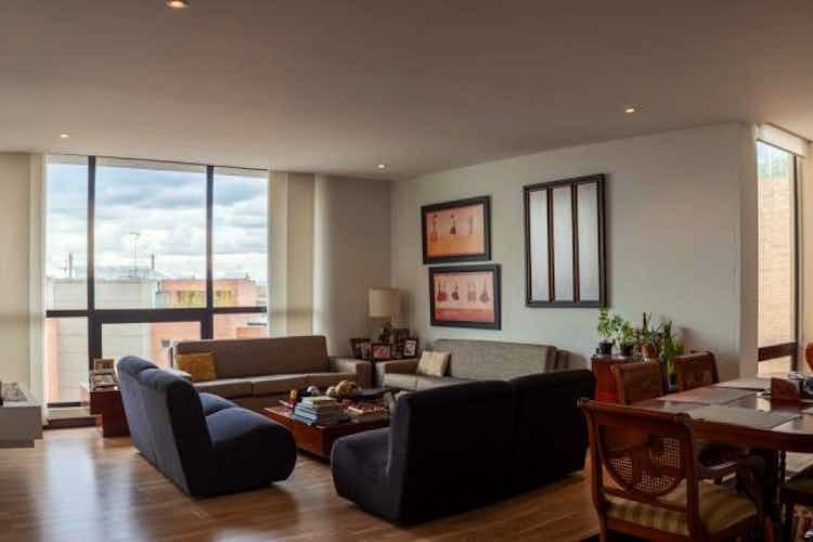 Portada Apartamento En Venta En Bogota Rosales- piscina