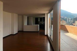 Apartamento en Bogota Santa Barbara - dúplex, con amplia terraza