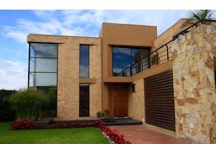 Casa en venta en Cajicá 954m² con Jardín...