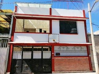Casa en venta en Jardines De Acuitlapilco, Estado de México