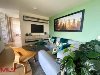 Una sala de estar llena de muebles y una televisión de pantalla plana en Foresta