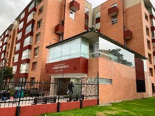 Un edificio de ladrillo rojo con un edificio de ladrillo rojo en Apartamento en venta en Hayuelos Reservado 44m² con Gimnasio...