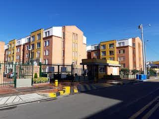 Una calle de la ciudad llena de edificios y árboles en Apartamento En Venta En Bogota El Salitre-Suba