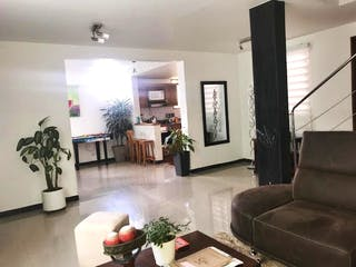 Casa en venta en La Cuenca, Envigado