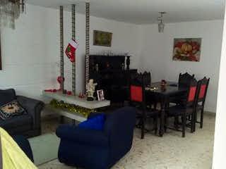 Una sala de estar llena de muebles y una ventana en Apartamento en venta en Velódromo, de 134mtrs2