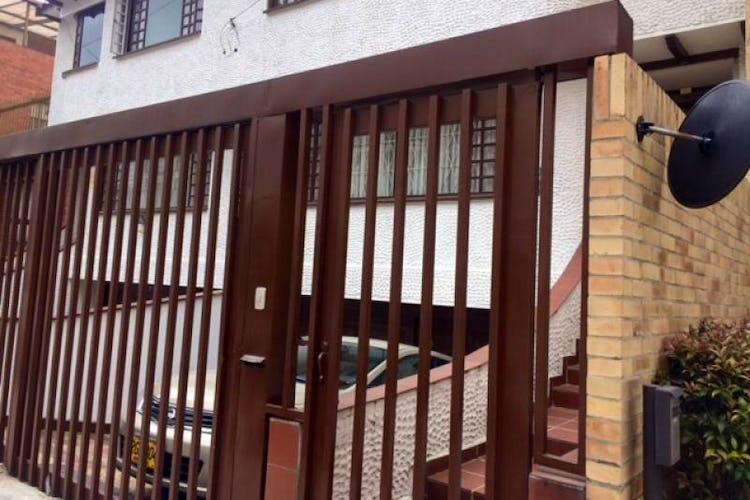 Portada Casa En Arriendo/venta En Bogota Santa Barbara Alta-Usaquén
