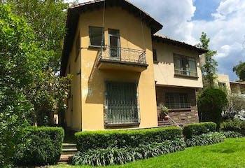 Casa en venta en Lomas de Chapultepec 915m2 con biblioteca