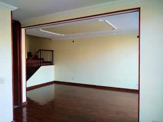 Un cuarto de baño con un inodoro y una ducha en Apartamento en venta en Dardanelo, de 64mtrs2