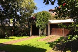 Casa en Venta, San Francisco, La Magdalena Contreras, con jardín