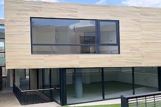 Casa en venta en Las Aguilas 290 m2 con espacios abiertos