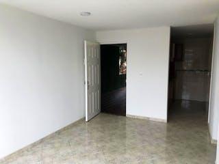 Una cocina con nevera y fregadero en ZJG-45  Apartamento en venta, Tintal