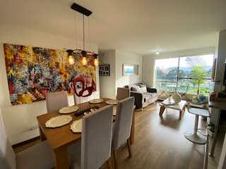 Una sala de estar llena de muebles y una mesa en Venta Apartamento Mosquera Cipres Novaterra