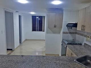 Un cuarto de baño con ducha y lavabo en Apartamento en venta en La Villa, de 124mtrs2