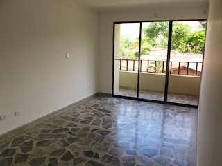 Una vista de un dormitorio con un gran ventanal en Apartamento en venta en Los Colores de 3 habitaciones