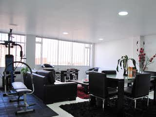 Una sala de estar llena de muebles y una televisión de pantalla plana en Venta/Arriendo Apartamento Chapinero Norte - 3308360