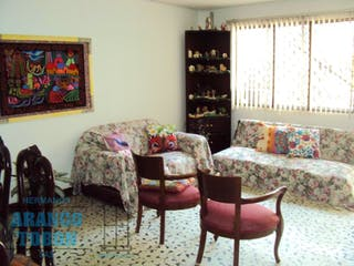 , casa en venta en Cristo Rey, Medellín