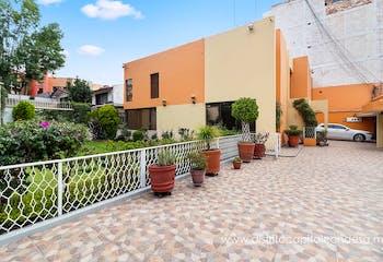 Casa en Venta, Toriello Guerra, Tlalpan, con sala de usos múltiples