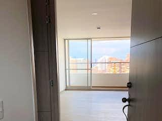 Un cuarto de baño con ducha y una ventana en Aves MARíA, Apartamento en venta 41m² con Gimnasio...