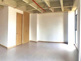 Un cuarto de baño con dos lavabos y una ducha en Venta apartamento tipo loft sabaneta P.3 C.3330694