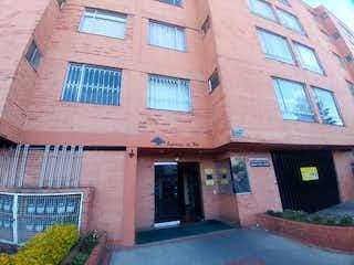 Un edificio de ladrillo rojo con un edificio de ladrillo rojo en Apartamento En Venta En Bogota Villa Mayor