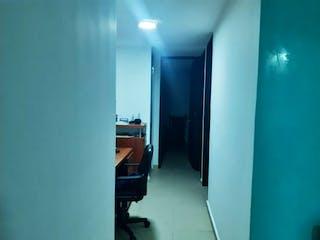 Una habitación llena de muebles y una ventana en Venta caminos de san rafael, zipaquira