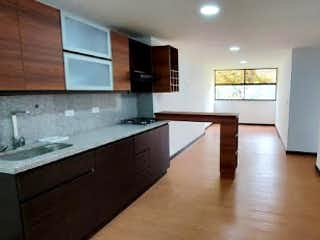 Un cuarto de baño con lavabo y un espejo en Apartamento en Venta EL RETIRO
