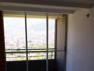 Una vista de una vista desde el interior de una habitación en LA VIDA ES BELLA