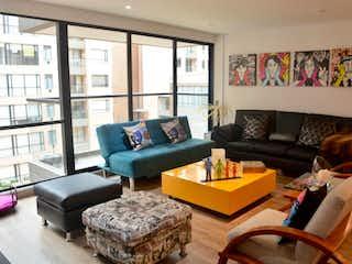 Una sala de estar llena de muebles y un sofá en Apartamento En Venta En Bogotá Sector Alejandria -Mazuren