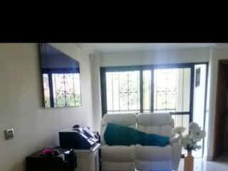 Una foto en blanco y negro de una sala de estar en Apartamento en venta en Velódromo, de 247mtrs2