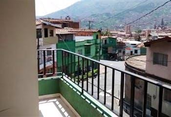 VENTA DE CASA CON 5 ALCOBAS, SALA, COMEDOR, 3 CLOSET EN EL SALVADOR.