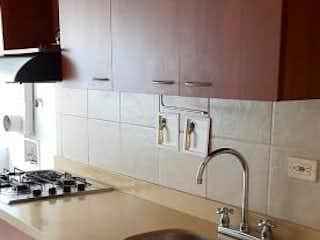 Un cuarto de baño con lavabo y un espejo en CIUDADELA PUEBLA