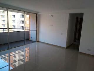 Un cuarto de baño con lavabo y ducha en Apartamento en venta en San Germán, 68mt con balcon