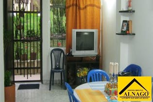 Casa en Guayabal, 140 mts2-4 Habitaciones, Terraza