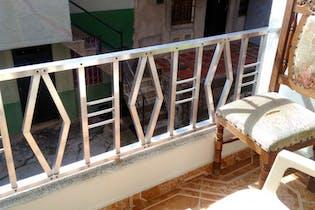Casa en venta en El Pinal de 87m² con Balcón...