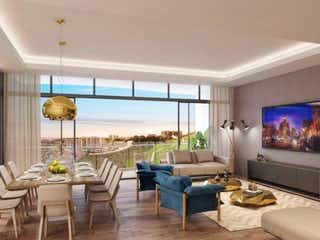 Una sala de estar llena de muebles y una televisión de pantalla plana en Blue Bosque Real
