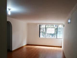 Una vista de una sala de estar con una ventana en HERMOSO APARTAMENTO