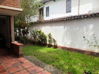 Casa en venta en La Aguacatala, Medellín