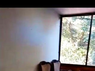 Un cuarto de baño con un inodoro y una ventana en Venta apartamento La Pradera (parte baja) P2 C.3372395