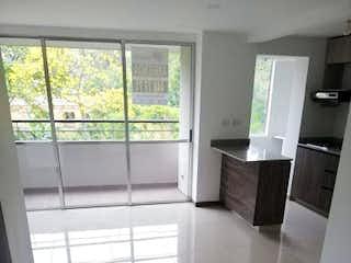 Una vista de una cocina con un gran ventanal en Apartamento en venta en Las Brisas, de 50mtrs2