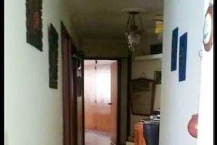 Casa en venta en Conquistadores de 4 habitaciones