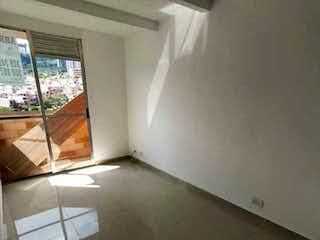 Una vista de una sala de estar desde una ventana en Apartamento en venta en Pajarito, 45mt con balcon