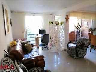 Una sala de estar llena de muebles y una televisión de pantalla plana en Palma De Mallorca