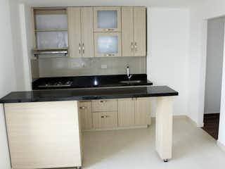Una cocina con un fregadero y una estufa en Apartamento en venta en La Candelaria con acceso a Balcón
