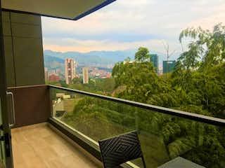 Una vista de una ciudad desde una ventana en Venta/Apartamento/Medellin/ El Poblado/ Aguacatala