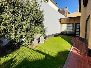 Una vista de una casa y una casa en Casa En Venta En Cajica Cajica