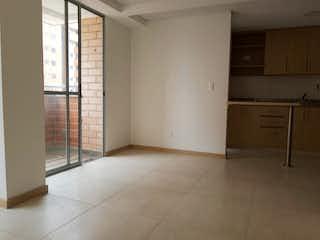 Una cocina con nevera y fregadero en Apartamento en venta en Casco Urbano Copacabana de 2 habitaciones